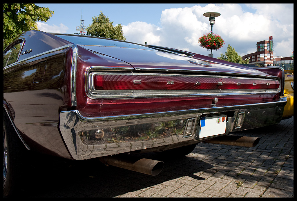 Charger - Back