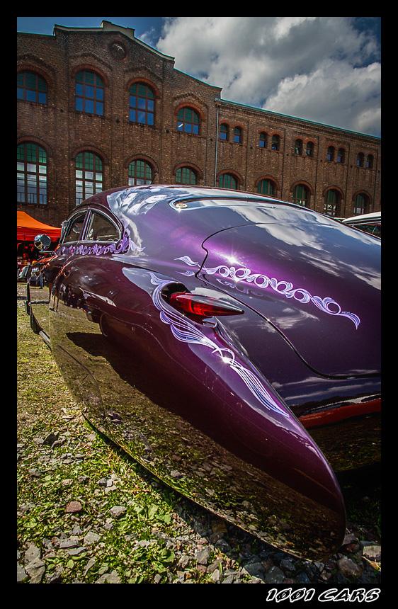 Violet Custom