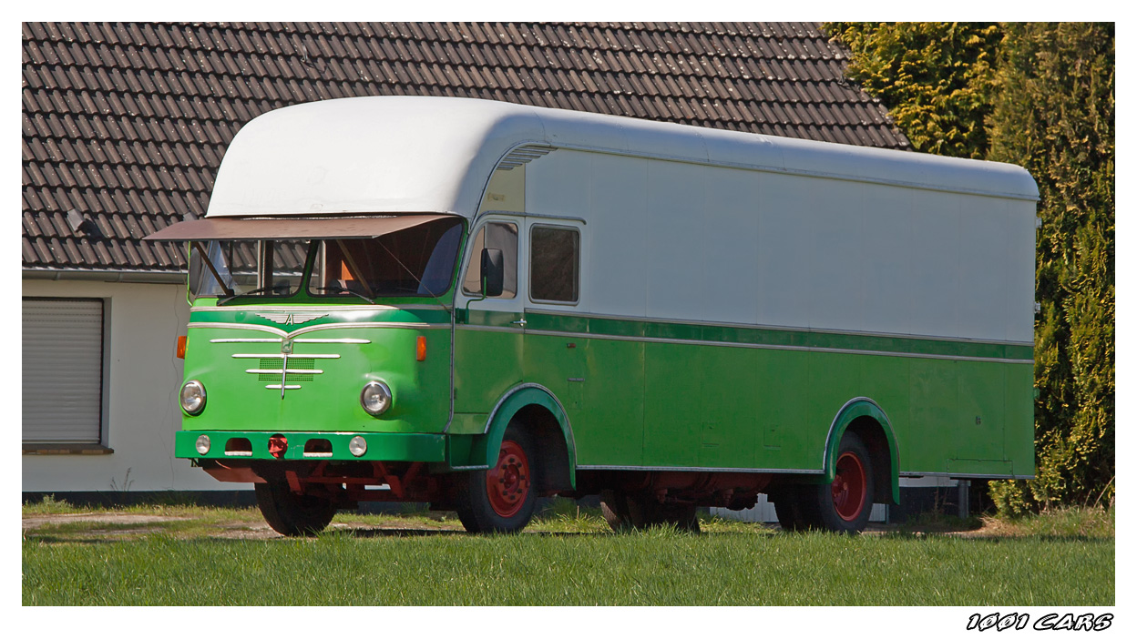 Büssing Möbelwagen - III