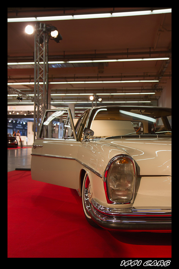 Mercedes Benz W108 - III