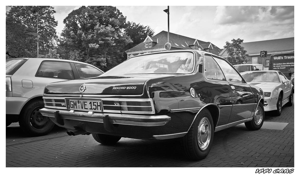 Opel Rekord 2000