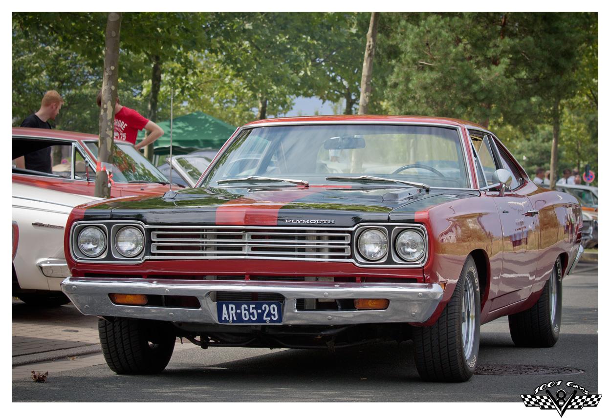 Plymouth Roadrunner - I