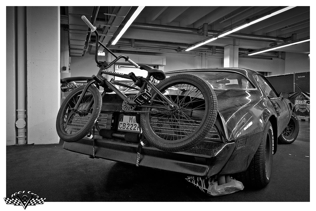 Pontiac Trans Am with Bike